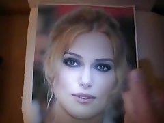 Celebrity, Sperma v obličeji, Onanie