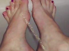 Foot Fetish, Babe, Pissing