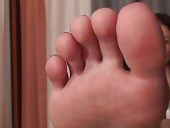 Babe, Foot Fetish