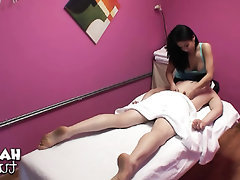 Asiatisch, Blowjob, Handarbeit, Massage