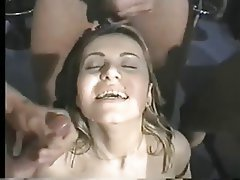 Grands seins, Brunettes, Double pénétration, Faciale