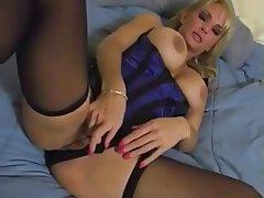 Nenas, Grandes Tetas, Masturbación