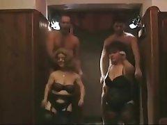Amateur, Sexo en Grupo, Enanas, Swingers